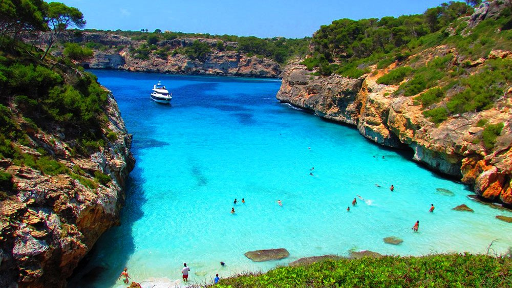 Spanish Beaches Are The Best Beaches Mia Young Spain